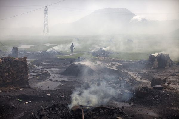 Heaps of burning coal, Jharkhand